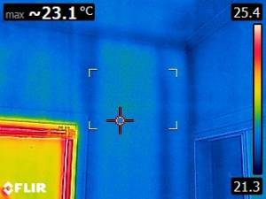 Picture of a wall using a flir 8 thermal imaging camera checking for termites