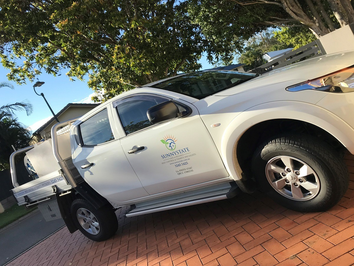 Sunnystate work truck giving the best pest control Brisbane prices